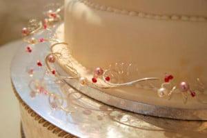 beaded-wedding-cake-535-c2.jpg