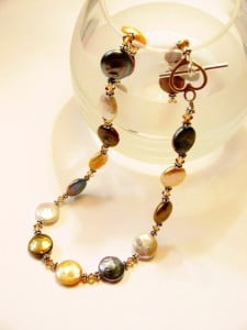 coin-pearl-necklace.jpg