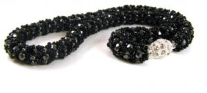 black gold netted necklace