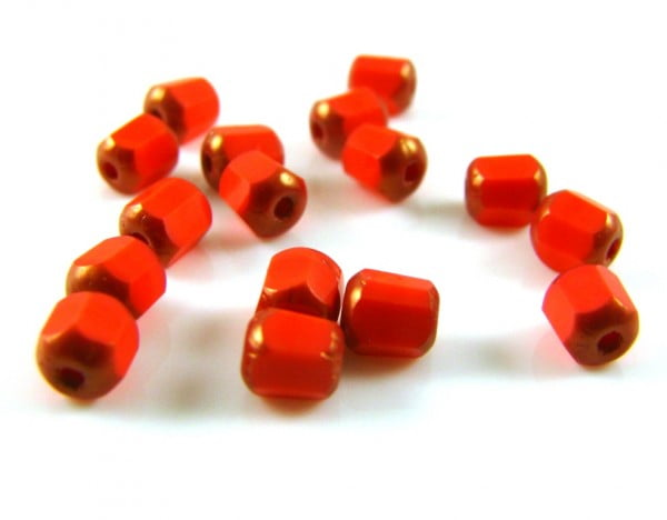 4mm-Table-Cut-Round-Bead-Tomato