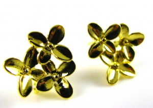 Flower-Post-Earrings-with-loop-to-add-beads-gold