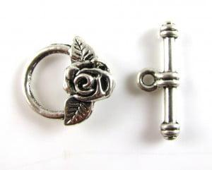 anti-silver-rose-toggle-clasp
