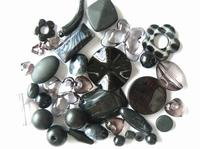childrens-40g-surprise-bead-mix-kit-black