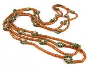 daisy-chain-necklace-comp