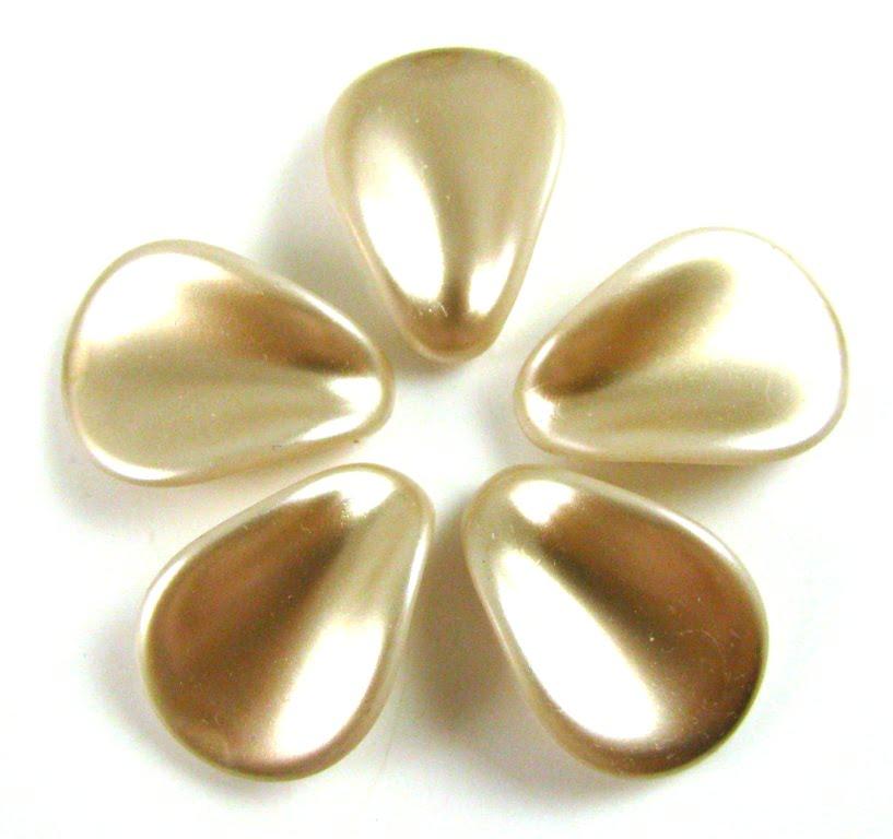Preciosa Pearly Petals