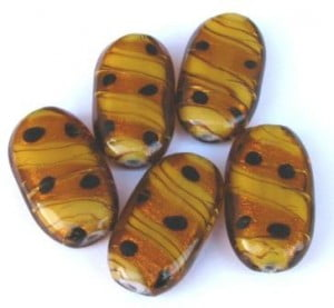 toffee-silver-foil-large-oval-focal-bead